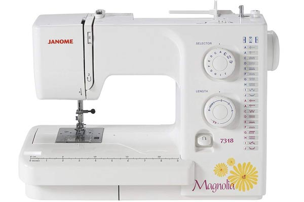 Janome Magnolia 7318 sewing machine in all its glory