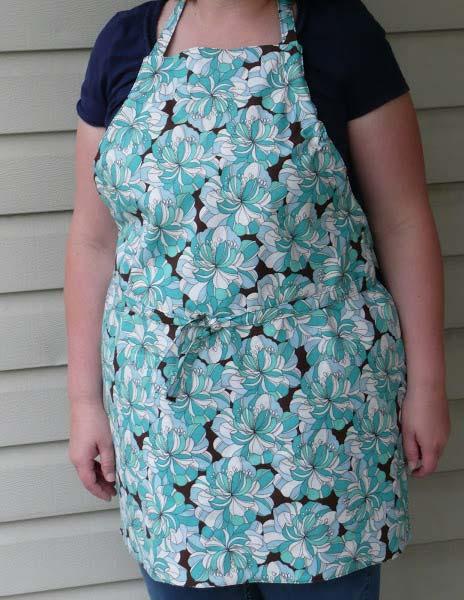 standard apron pattern