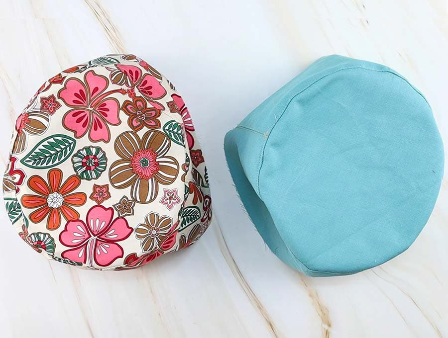 bucket hat: sewn top to crown
