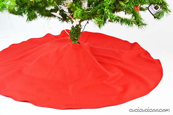 tree skirt out of table cloth