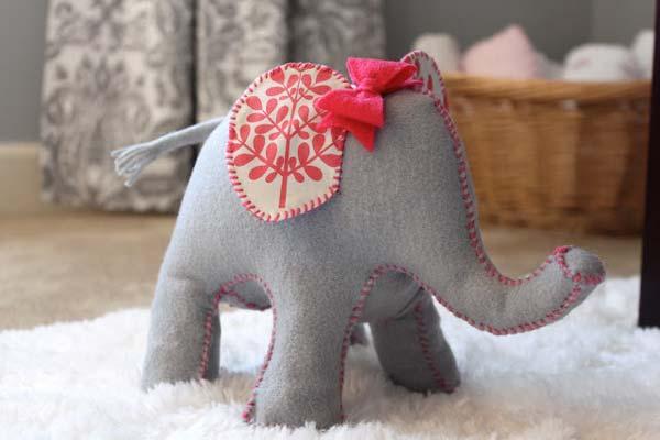 free felt elephant stuffie pattern