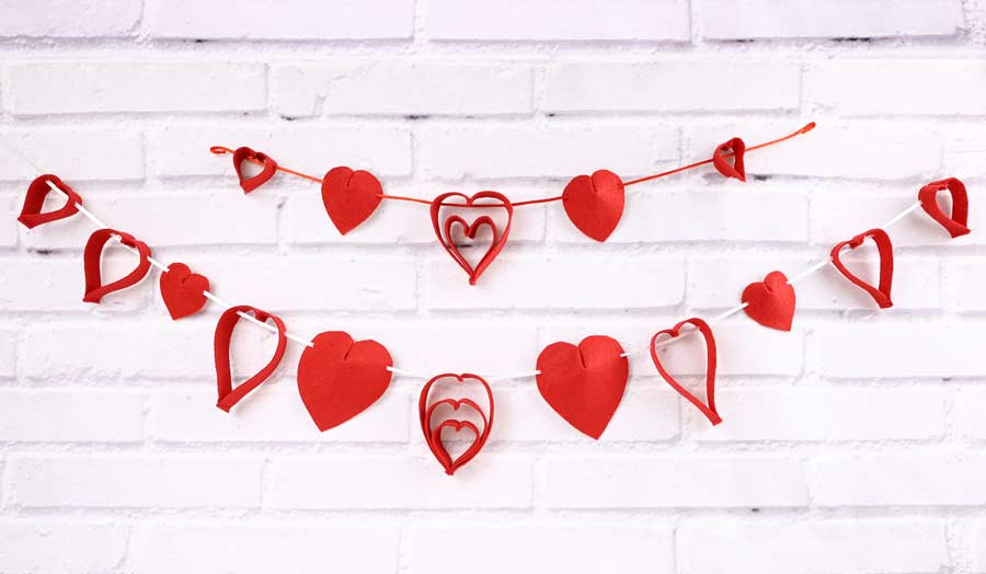 diy valentine day garland