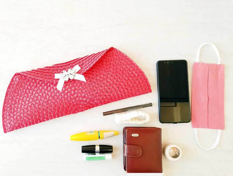 how to make a clutch purse contents