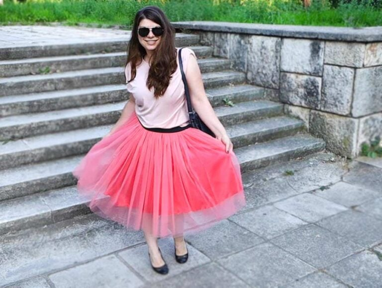 How to Make a Tulle Skirt with Exposed Elastic