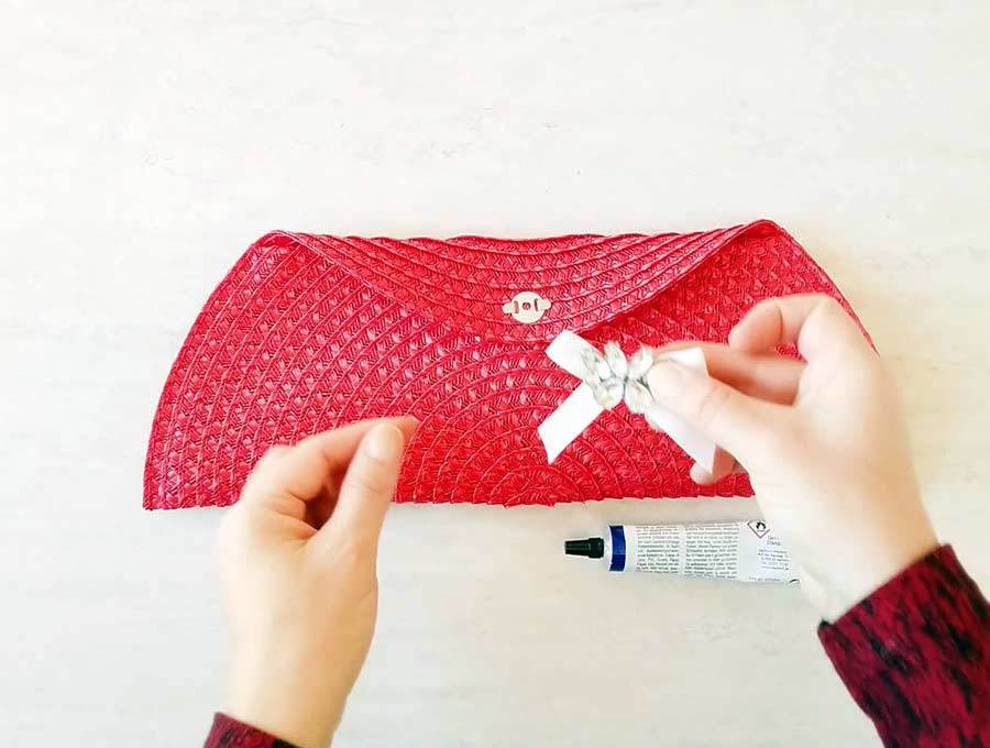 how to make clutch purse and embellish it