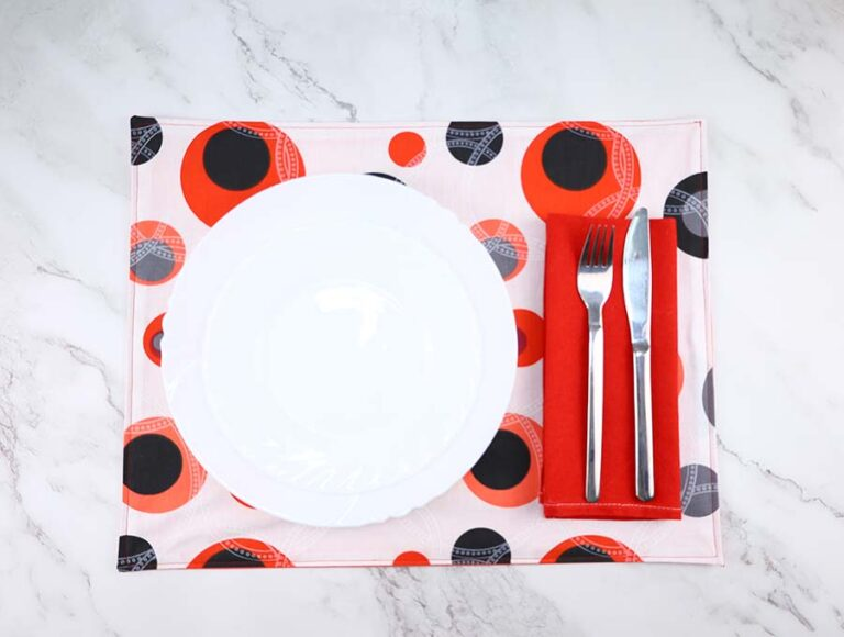 How to Make Placemats – Reversible DIY Placemat Tutorial