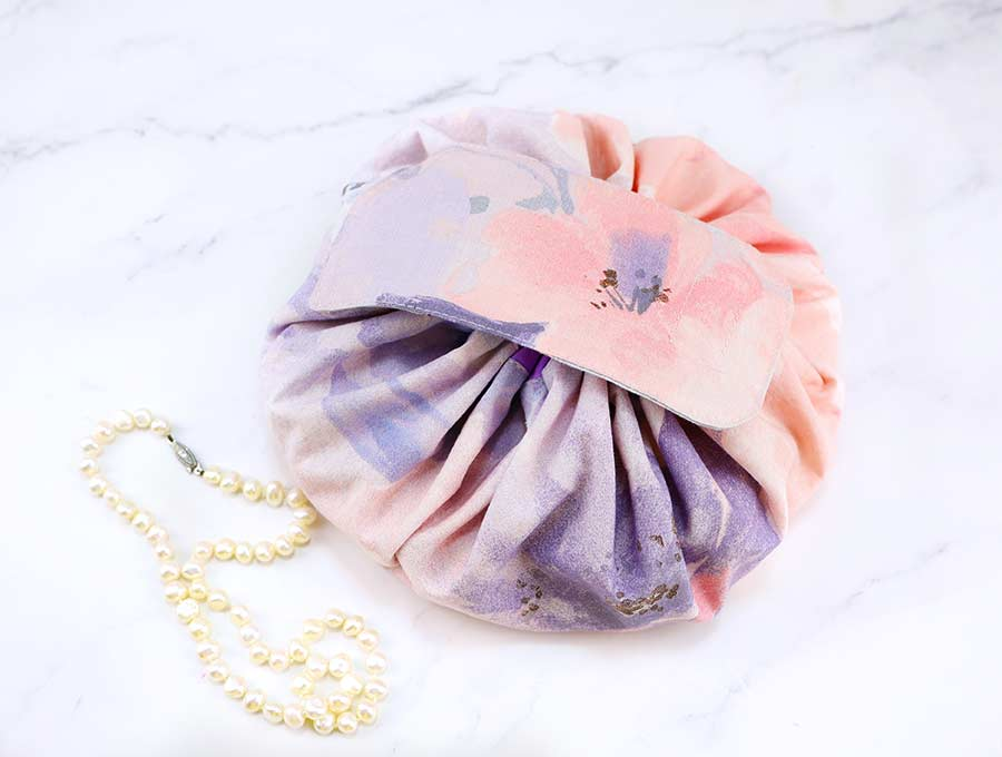 how to sew a round makeup bag