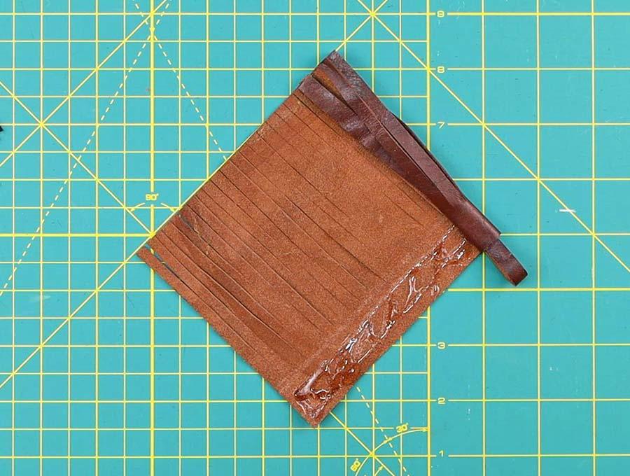 leather tassel rolling