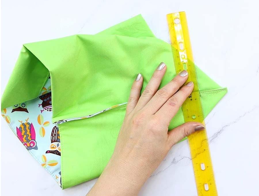 making a mircrowave popcorn bag - marking corners