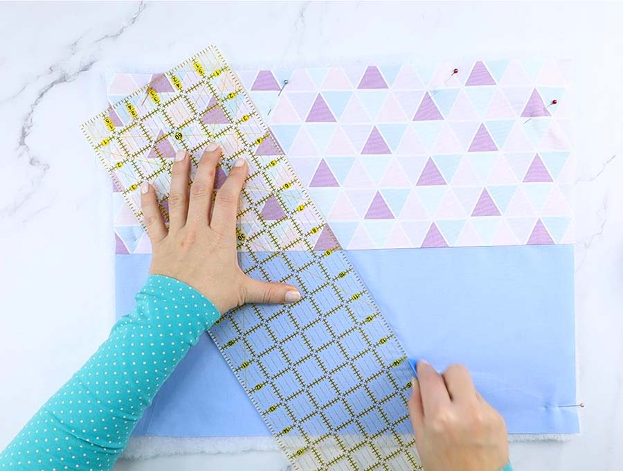 oven mitt marking the quilting lines