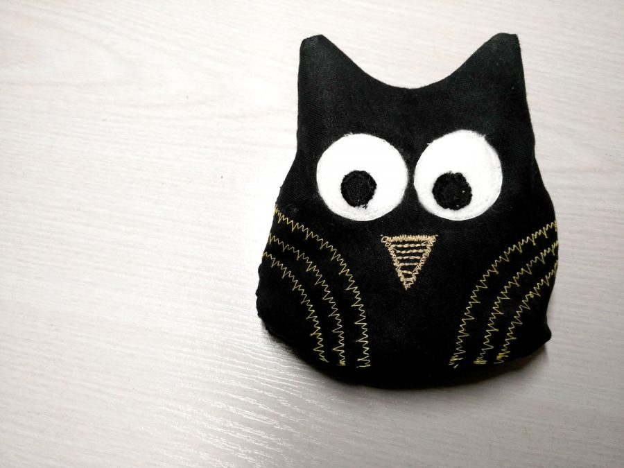 decorative Owl door stop sewing pattern and tutorial