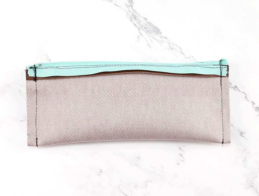 diy pencil case - sewn sides