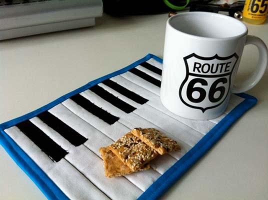 piano mug rug pattern