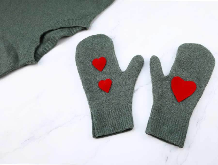 recycled sweater mittns
