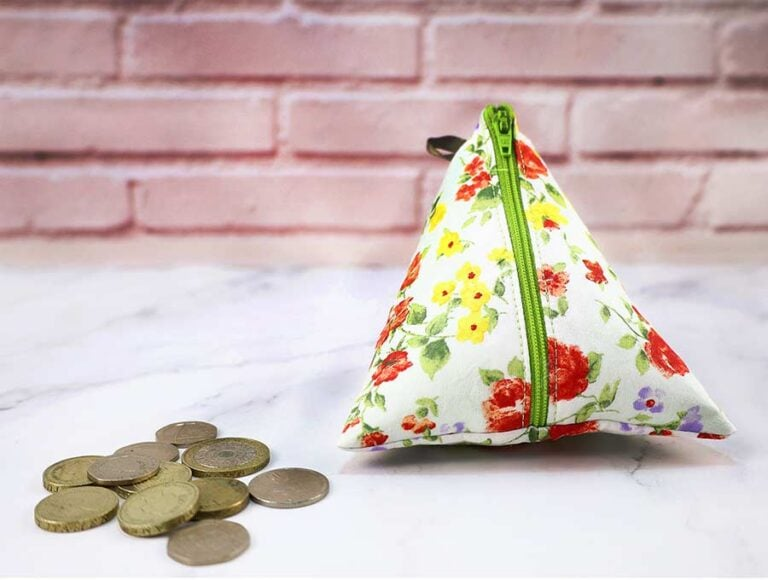 DIY Triangle Coin Purse Pattern with NO Exposed Seams