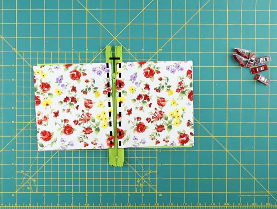 topstitching the triangle coin purse