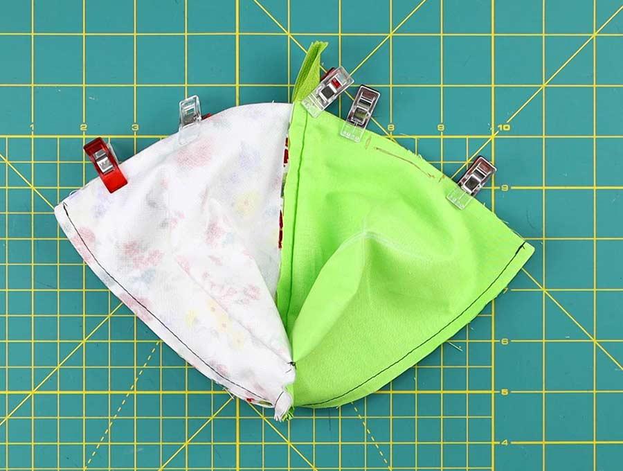 zippered coin purse - pinnedtop
